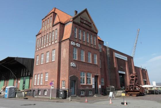 Aussenansicht auf das Hafenmuseum in Hamburg