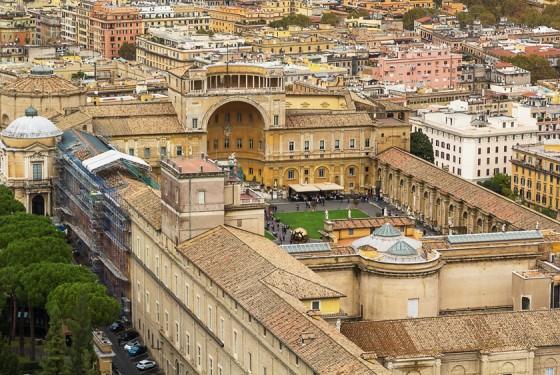 Cortile della biblioteca im Vatikan
