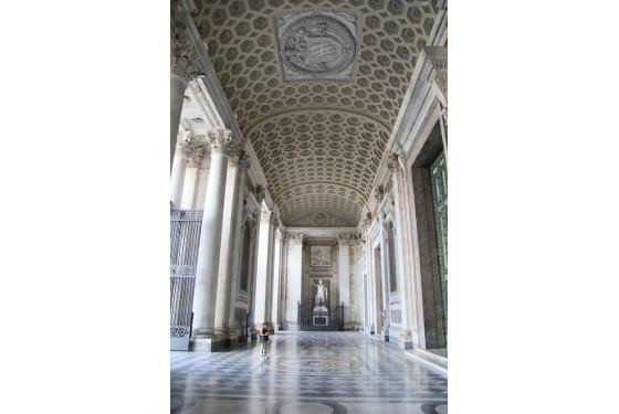 Pinacoteca Vaticana Flur in Rom als Werk für sich mit antiker Beschmückung