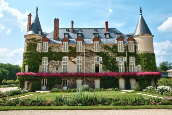 Fassade von dem Chateau de Rambouillet in Paris