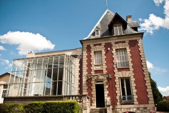 Frontansicht auf das maison d Auguste Rodin meudon in paris