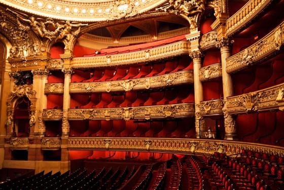 Innenansicht von dem Opernhaus Opera Garnier in Paris