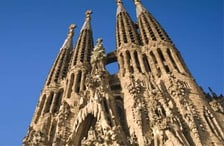 1460114331_Header-Attractions_NEU_Barcelona_Sagrada.jpg